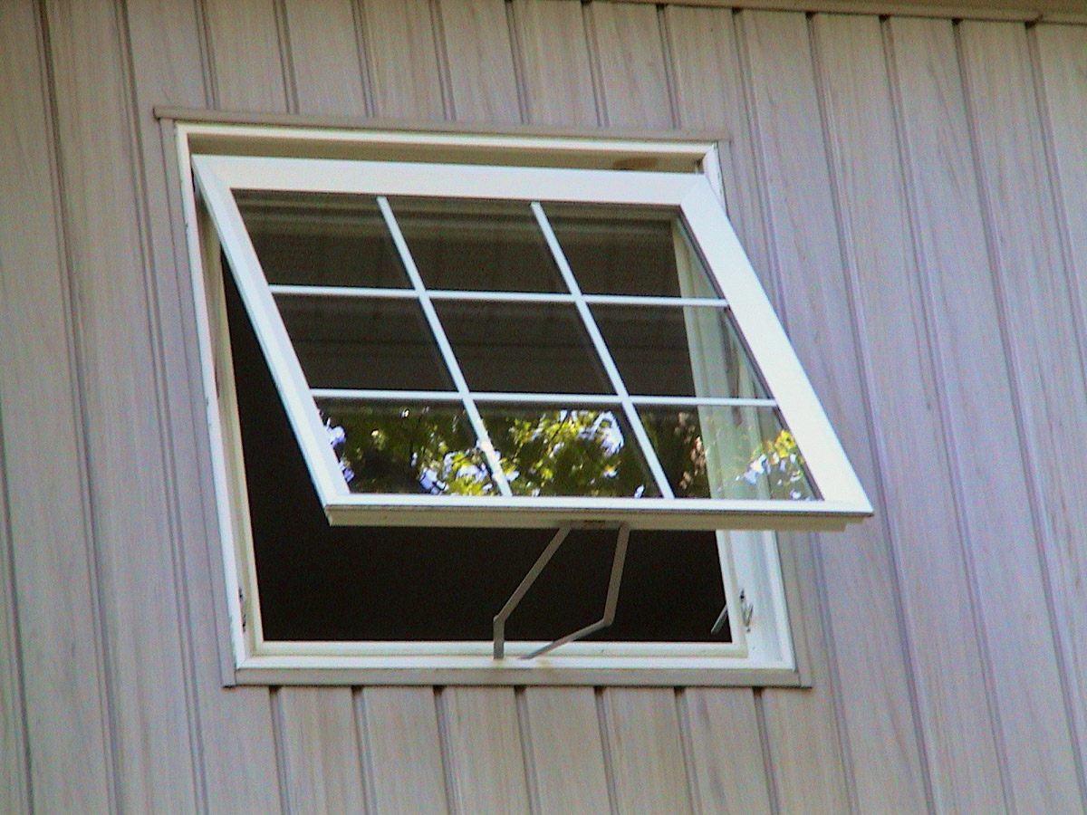 Awning Window W Colonial Grids Weathermaster Windows